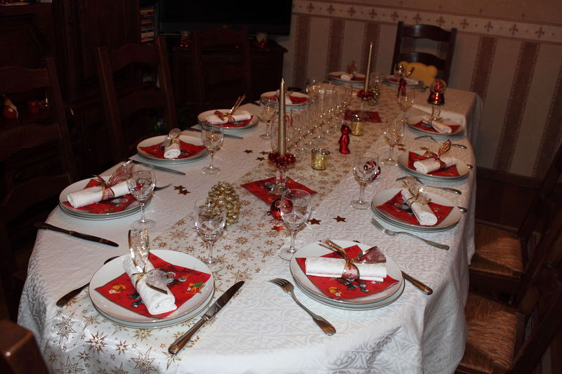 Ma table de no l 2010 a la table de roseland - Decoration table de noel rouge et blanc ...