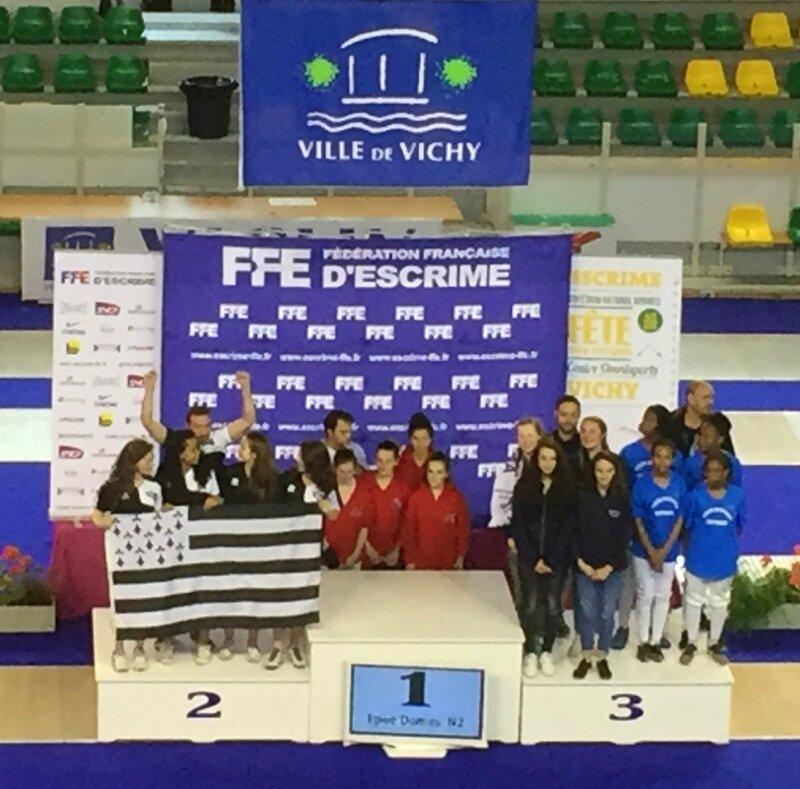 les_bretonnes_sur_le_podium_à_vichy
