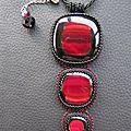 Pendentif triple rouge/noir