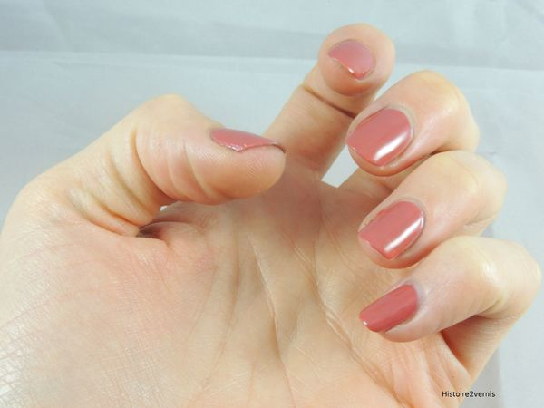 Essence collection vintage District Antique Pink (7)