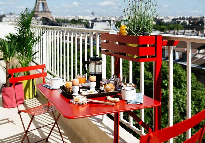 50-idees-pour-habiller-son-mini-balcon