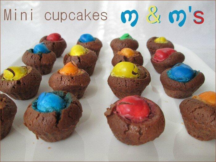 mini cupcakes M&M's 1