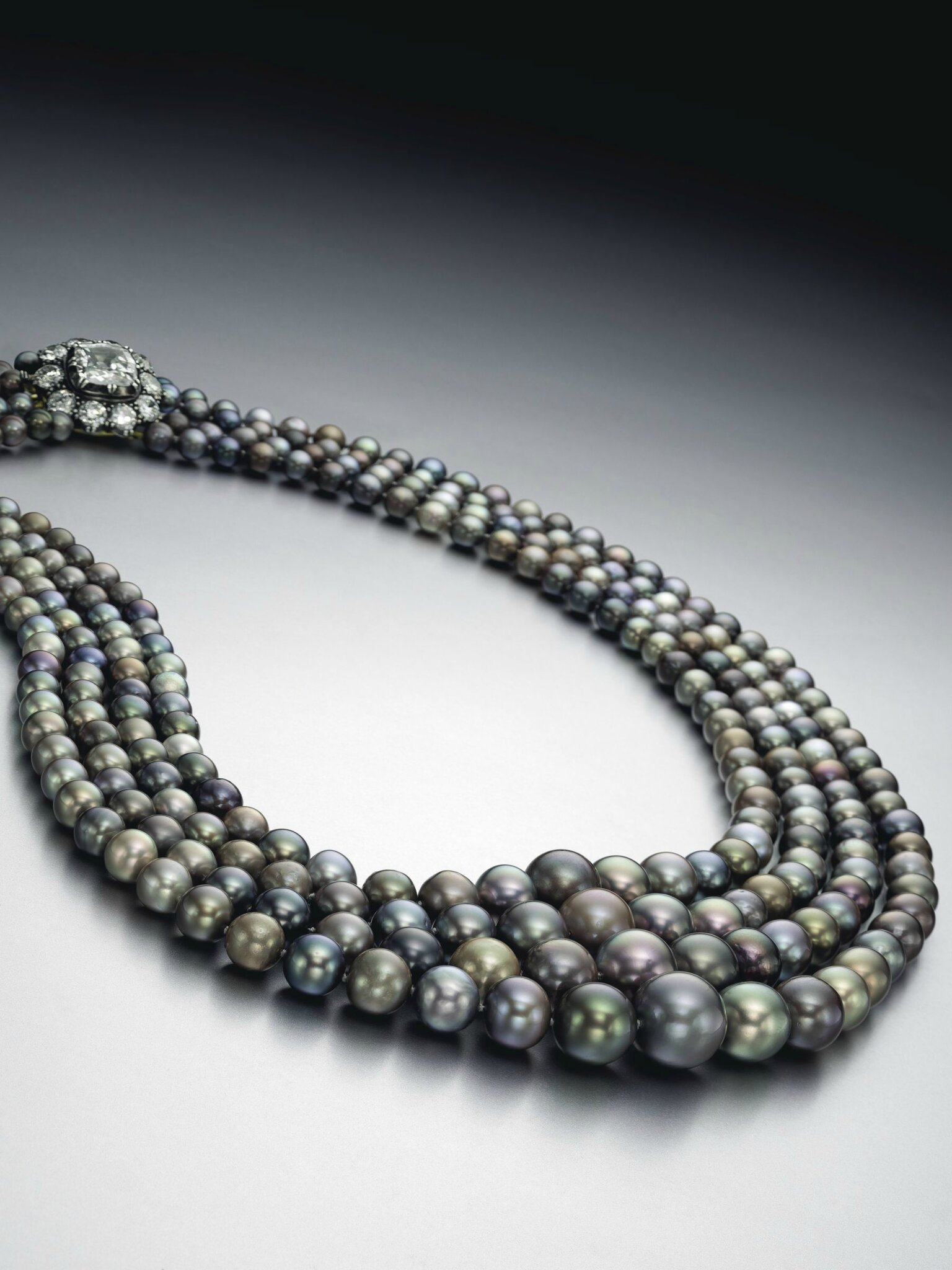 Magnificent jewels to shine at Christie's New York on april 14
