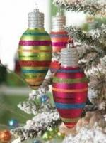 decoration-ideas-foxy-image-of-small-vintage-round-colorful-lighted-bauble-bulb-christmas-wreath-ideas-as-accessories-for-christmas-decoration-ideas-lovely-christmas-decoration-with-bulb-cG (7602290)