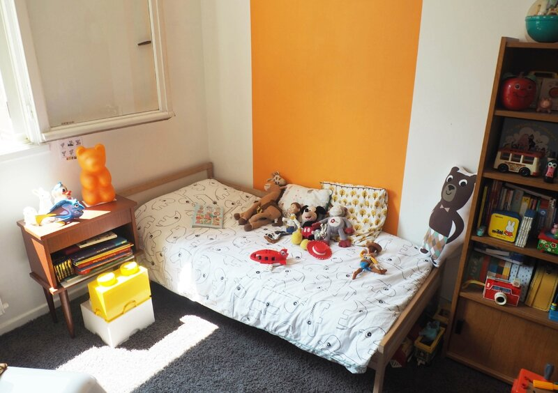 11-decoration-chambre-enfants-guirlande-miffy-mobile-vintage-fisher-price-ma-rue-bric-a-brac