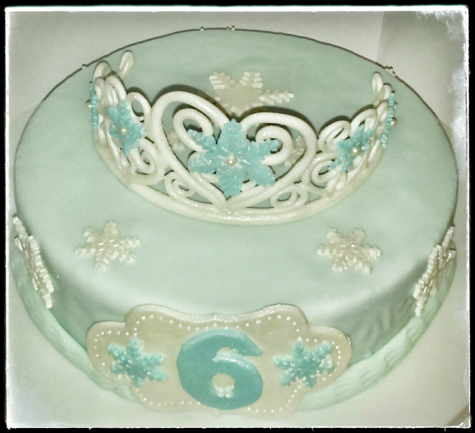 Gateau couronne reine des neiges
