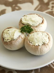 champignons farcis au fromage blanc fines herbes made in cooking. Black Bedroom Furniture Sets. Home Design Ideas