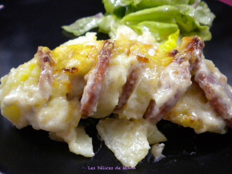 Saucisse de Morteau en gratin de pommes de terre 2