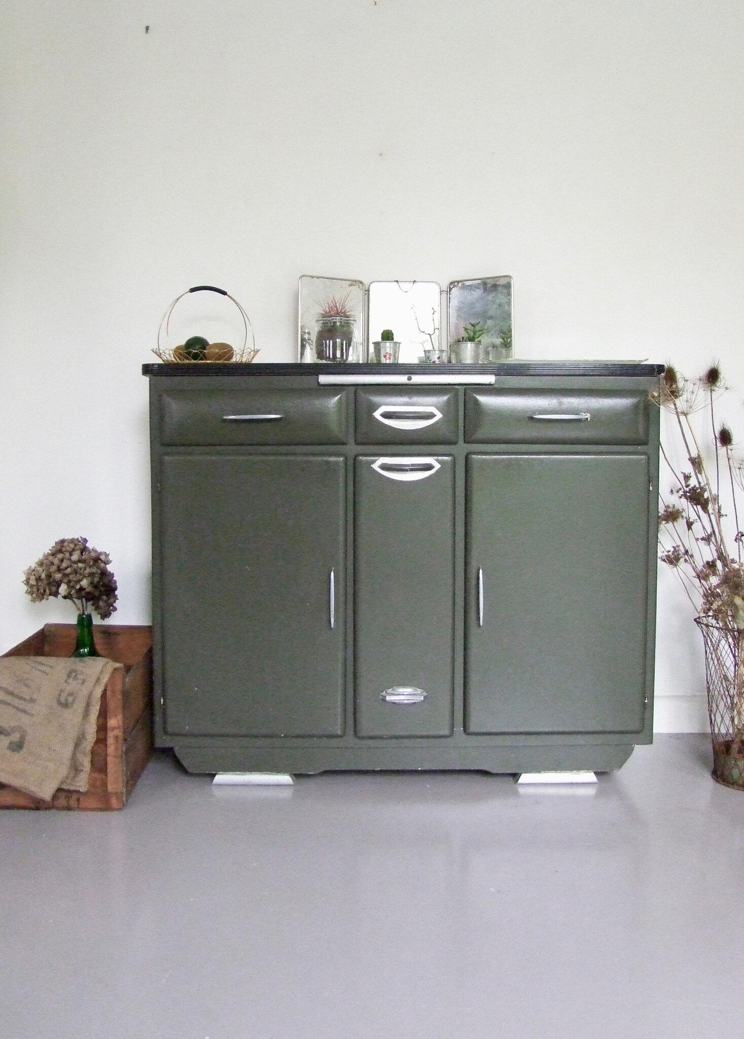 buffet ann es 50 tous les messages sur buffet ann es 50 meubles vintage pataluna chin s. Black Bedroom Furniture Sets. Home Design Ideas