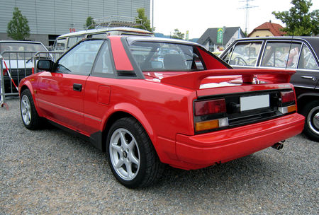 Toyota_MR2_02