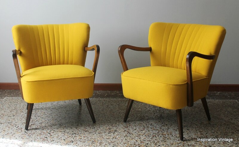 paire de fauteuils cocktail bras 50 39 s jaune inspiration vintage. Black Bedroom Furniture Sets. Home Design Ideas