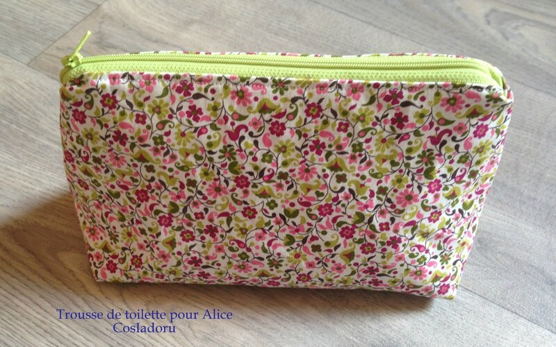 Trousse de toilette13