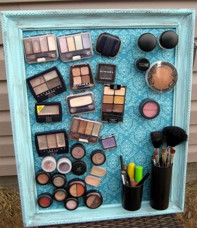 diy_makeup_magnet_board
