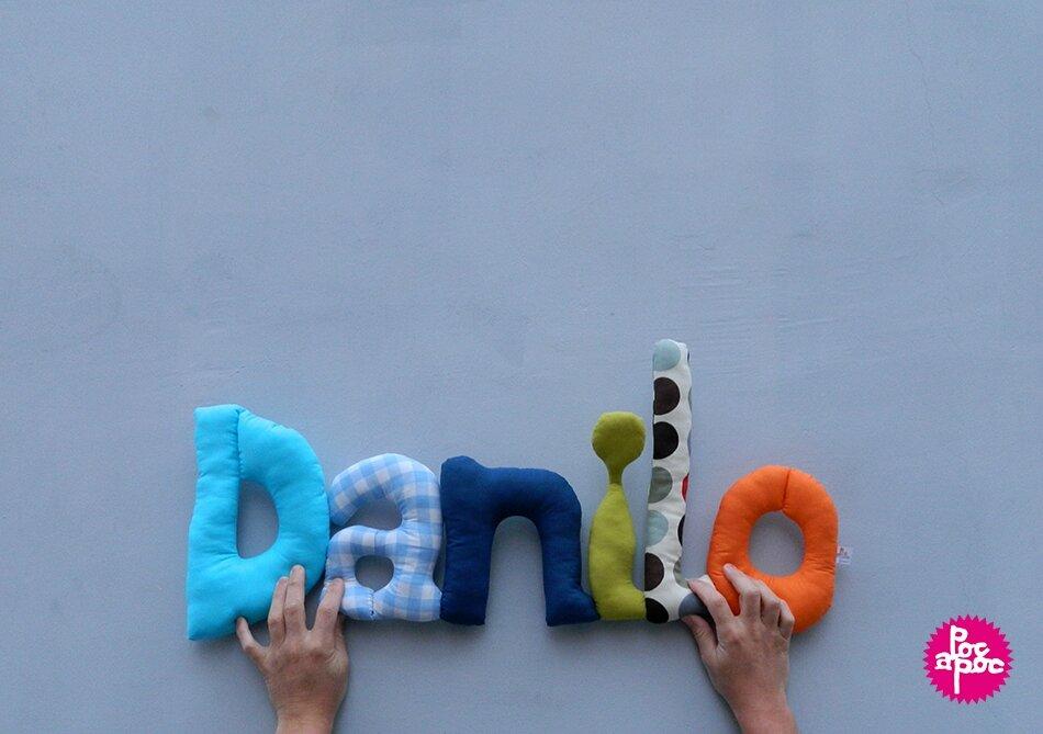 danilo,mot en tissu,mot decoratif,cadeau de naissance,decoration chambre d'enfant,cadeau personnalise,cadeau original,poc a poc blog