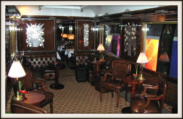 Orient_Express_Salon_bar