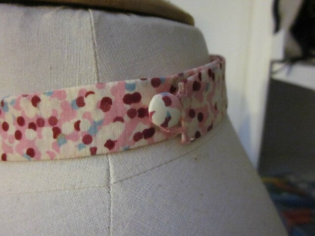 Véritable NOEUD PAPILLON en coton Liverty rose à pois (4)