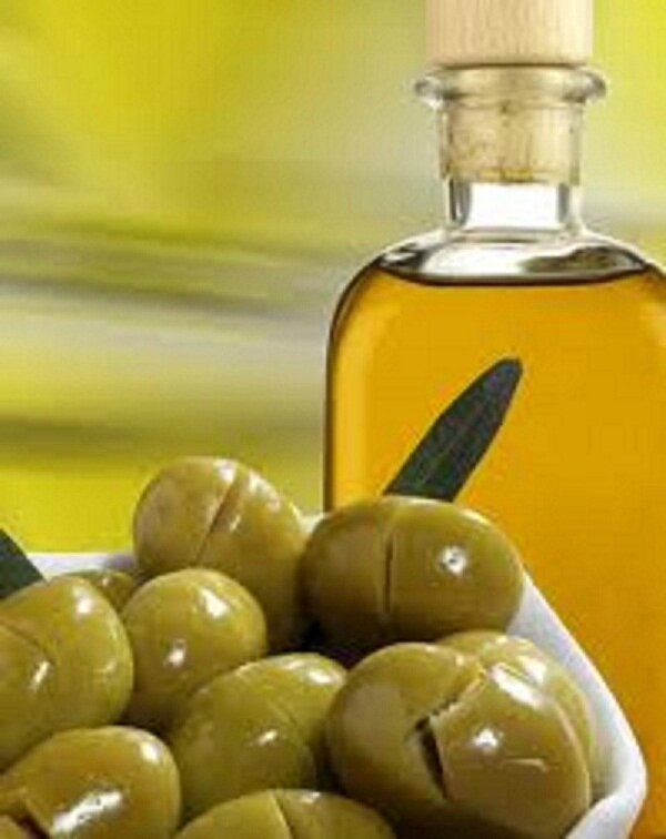 Olives vertes fendues