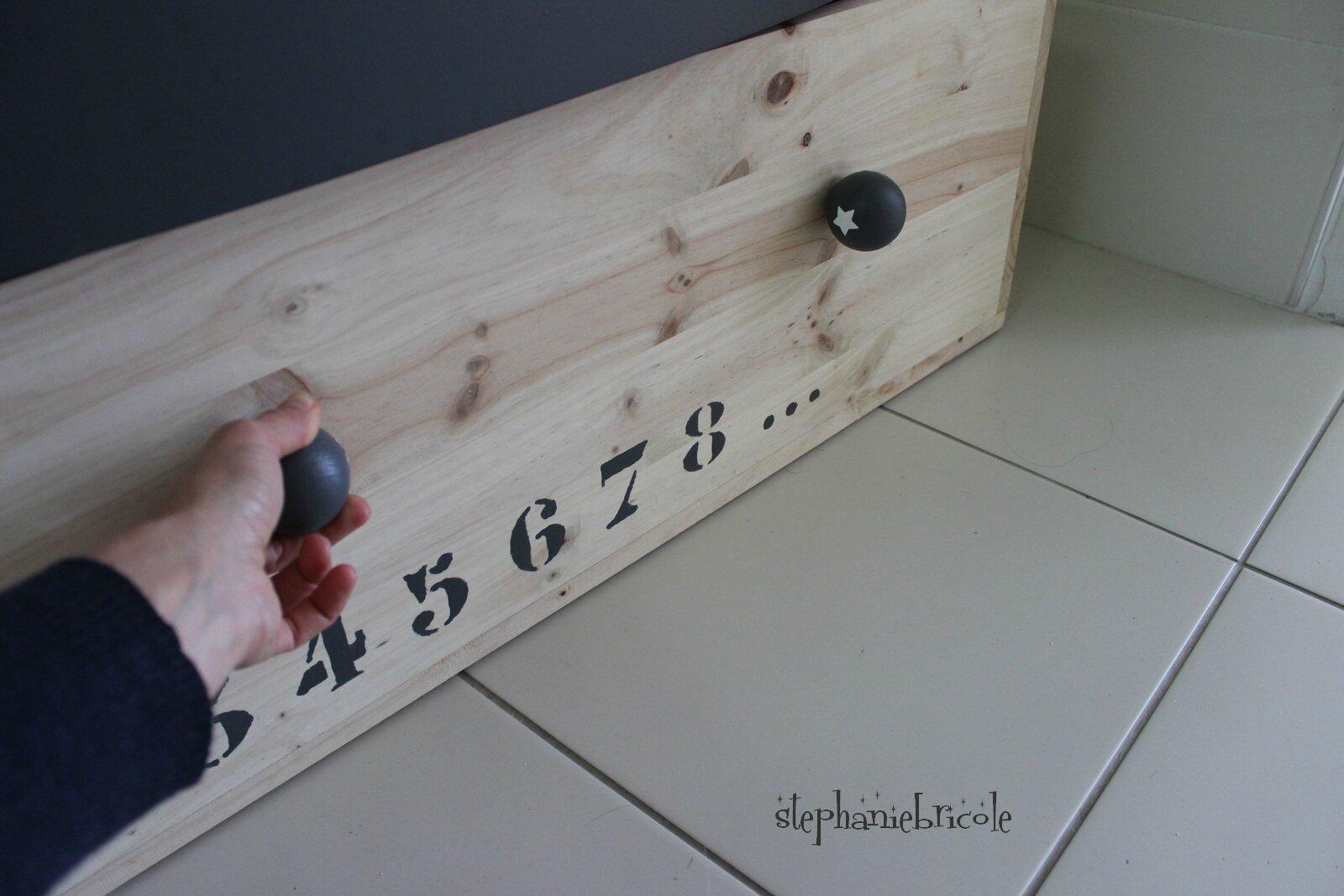 diy faire soi m me une grande caisse de rangement st phanie bricole. Black Bedroom Furniture Sets. Home Design Ideas