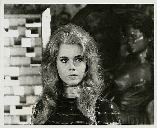lot064-barbarella-3
