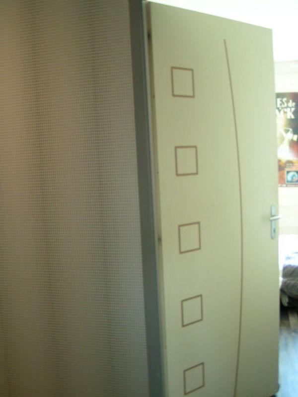 Les portes s 39 habillent ma maison en bois de a z - Peinture portes interieures maison ...