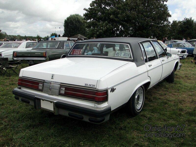 buick-electra-park-avenue-sedan-1981-02