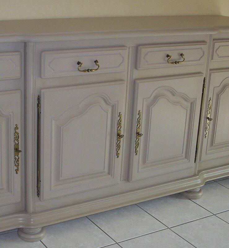 meuble peint couleur taupe meuble peint couleur taupe with meuble peint couleur taupe. Black Bedroom Furniture Sets. Home Design Ideas