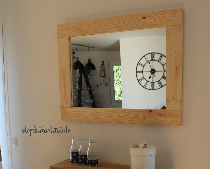 diy bois nature un encadrement de miroir sans d fonceuse st phanie bricole. Black Bedroom Furniture Sets. Home Design Ideas