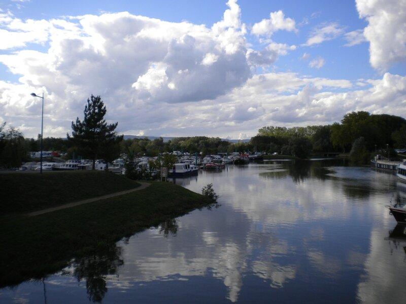 Port de plaisance Pont -de-Vaux
