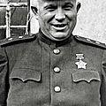1958 - krouchtchev fait pendre 200 hongrois à des lampadaires