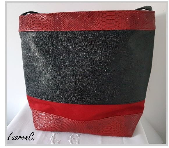 SAC_SIMILI_DRAGON_ROUGE_NOIR_DOS