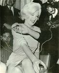 1962_marilyn_no_knickers