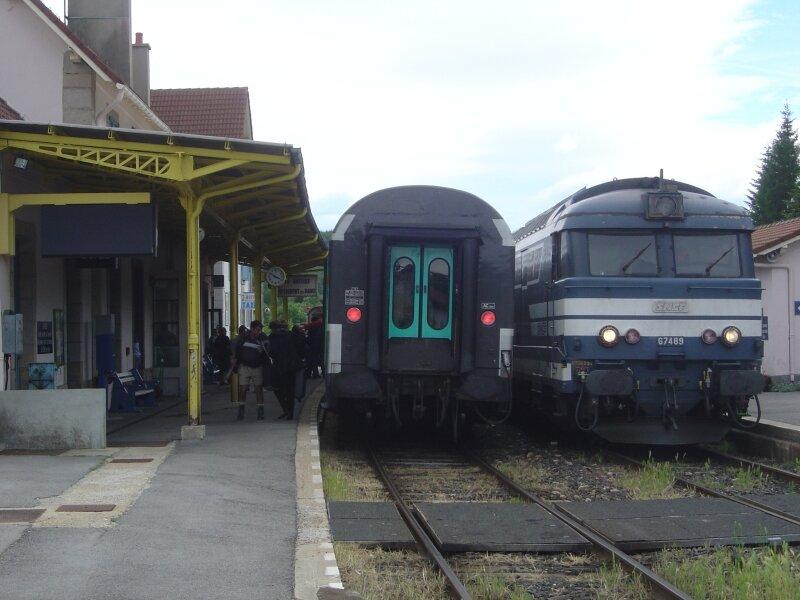 Croisement des 2 Cévenols en gare de la Bastide