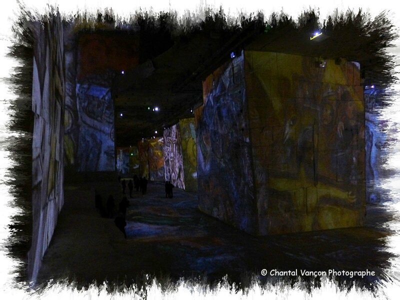 Carrieres_Lumiere_Chagall_05