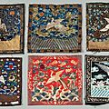 Une collection de 27 badges de mandarin chinois. circa 1900