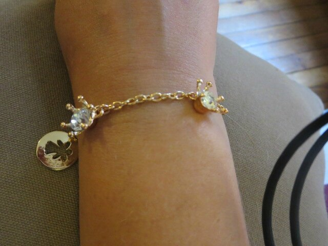 Bracelet Princesse porté doré rose