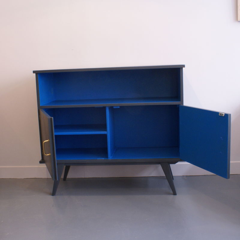 buffet bleu profond galerie de mobilier vintage pour enfants. Black Bedroom Furniture Sets. Home Design Ideas