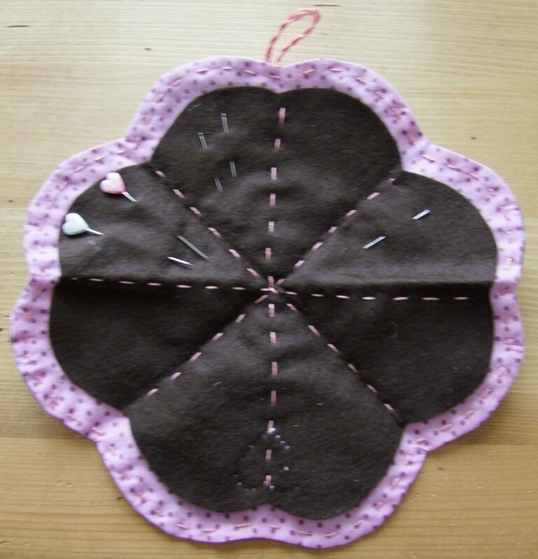 2014_0508trousse_couture0003