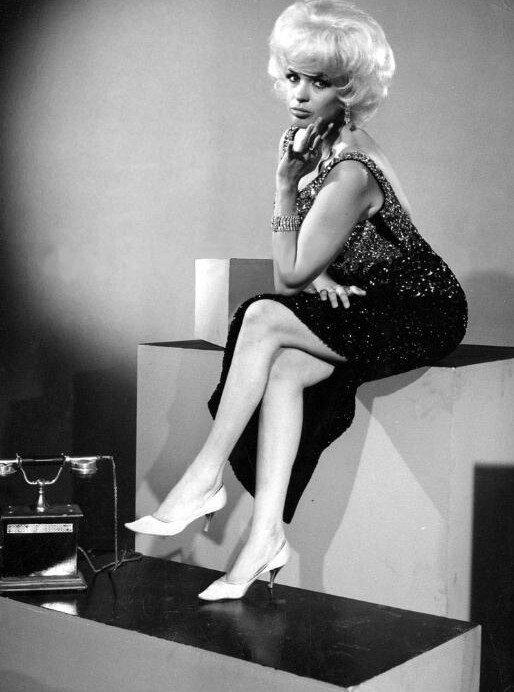 jayne-1963-film-heimweh_nach_st_pauli-pub-1