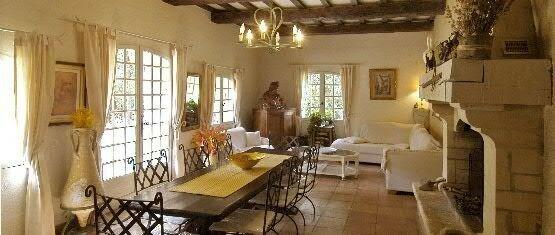 une decoration rustique et moderne quelques idees pour l 39 inspiration la fen tre ouverte. Black Bedroom Furniture Sets. Home Design Ideas