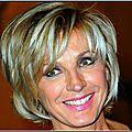 Evelyne Dhéliat Portrait500