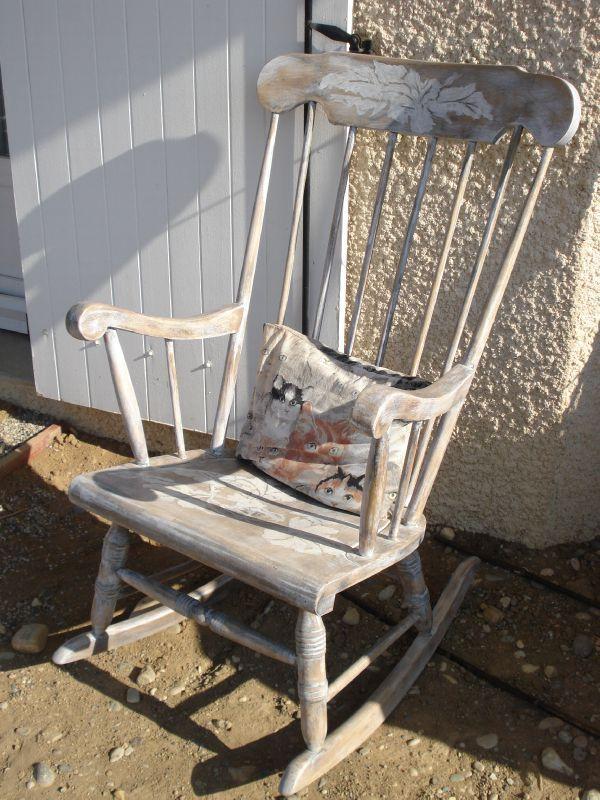 relooking de meuble rocking chair calinquette. Black Bedroom Furniture Sets. Home Design Ideas