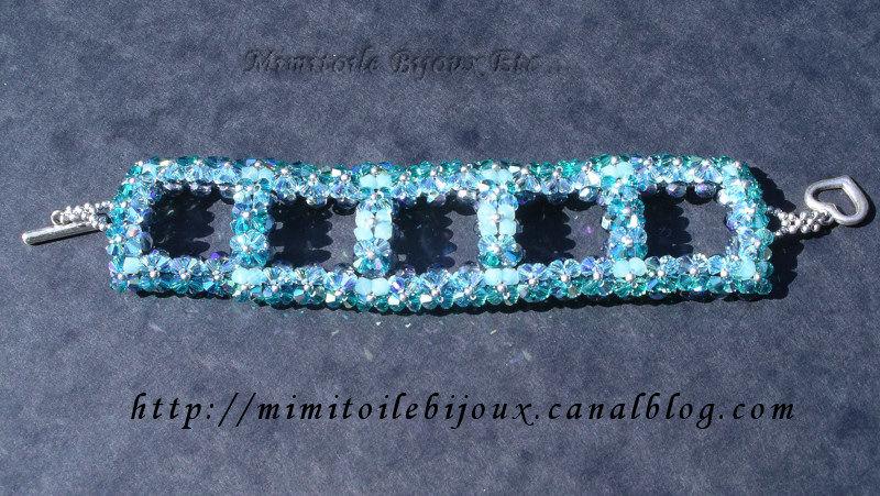 Bracelet carré bleu des mers du sud
