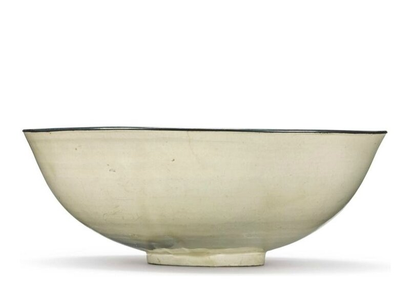 A large 'Ding' bowl, Song dynasty (960-1279)