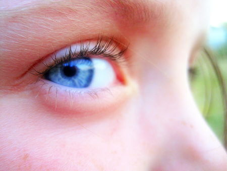 Blue_eye_2