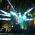 La scène en lumière et en sons!!