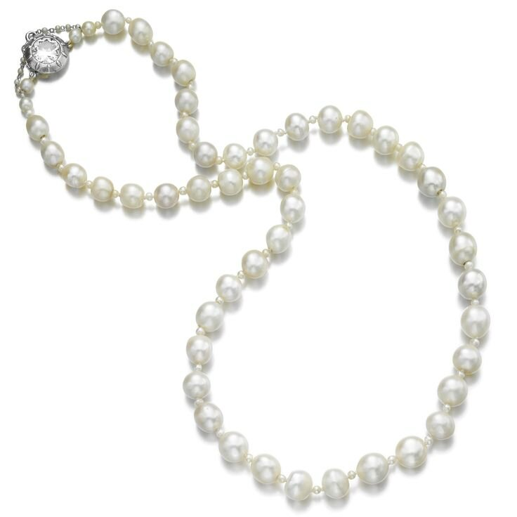 Impressive natural pearl and diamond necklace