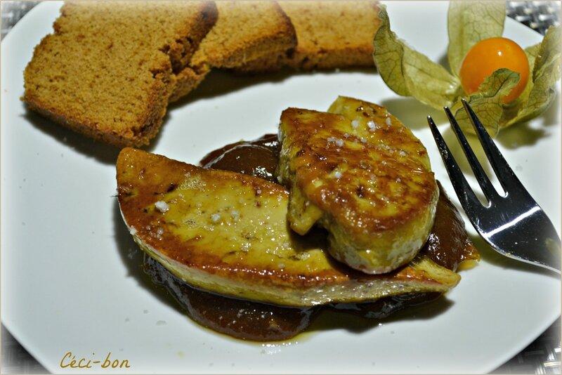 Foie gras, confit rhubarbe