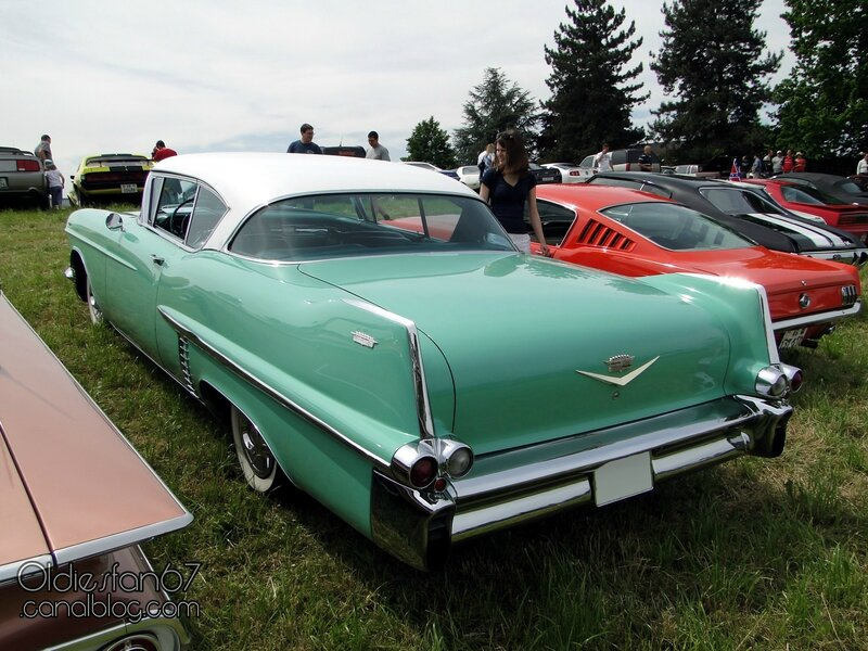 cadillac-coupe-1957-02