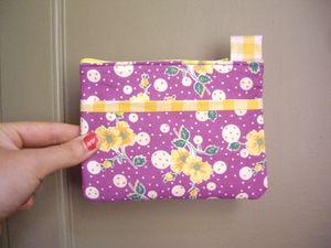 pochette_mauricette_minette_fleurs_violet_jaune