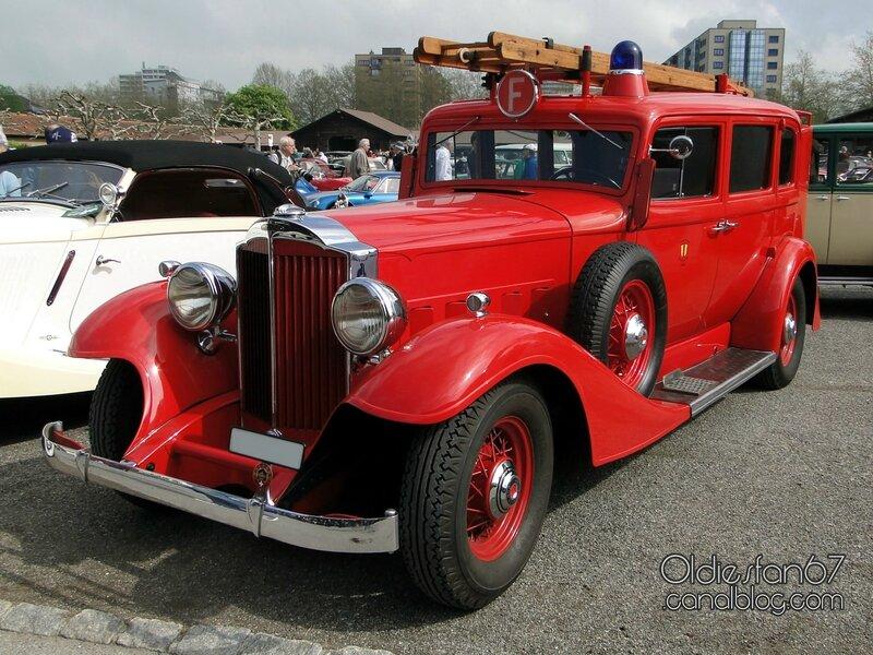 packard-8-sedan-firetruck-1933-01
